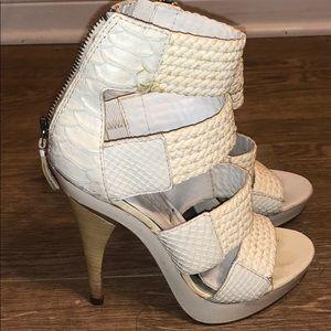 BCBC cream white Strappy 4 inch Heels. Size 6 1/2